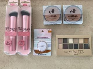 Beauty lOT   2  Real Techniques Sculpting Brushes   2  elf Halo Glow Setting Powders  the 24K Nudes Eyeshadow Palette   Starlit Studio Jelly Pot Eyeshadow  RETAIl  49