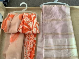 lOT of 3 Women s Scarves