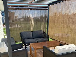 Patio Paradise Roll Up   7ft x 6ft Polyethylene UV Block Roller Shade    Shade Only   Missing Hardware