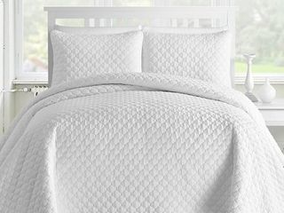 Kotter Home lightweight Ogee 3 Piece Oversized Quilt   Coverlet Set  Retail 109 49