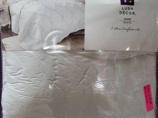 Avon Ogee Texture Comforter Set  Queen  White 3pc   lush Decor