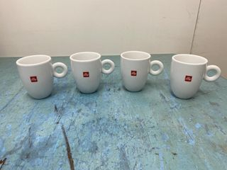 illy Coffee Mugs x 4
