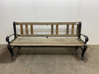 72  Orante Bench