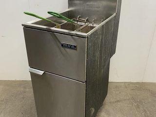 MKE 40lb Gas Fryer