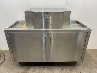 Moyer Diebel SW400R Conveyor Glass Washer