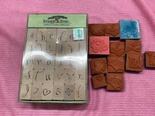 SET OF IMAGE TREE RUBBER STAMPS AND 13 SPONGY