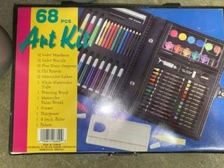 68 PIECE ART KIT