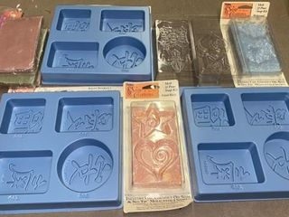 SOAP MOlDS AND SOAP POWDER AND BlOCKS AND ClAY