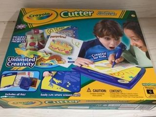 NEW CRAYOlA CUTTER KIT