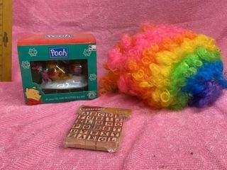 POOH WATERGlOBE  ClOWN WIG AND WOODEN BlOCKS