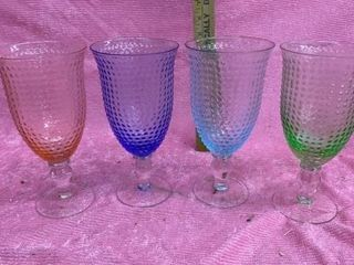 SET OF 4 RAINBOW COlORED 8 INCH GlASSES