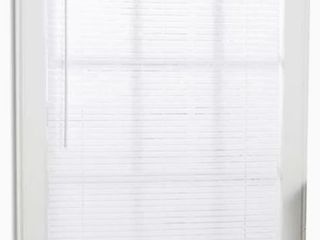 Project Source 1 in Cordless White Mini blinds