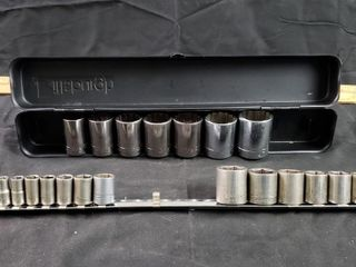 Craftsman SAE 1 4  3 8  1 2  Drive   24pc