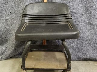 MAC Creeper Chair CR50P