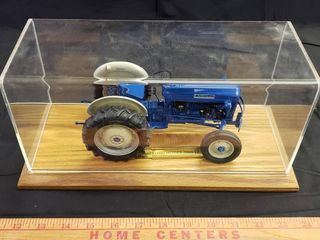 1962 Ford Model 2000 Tractor