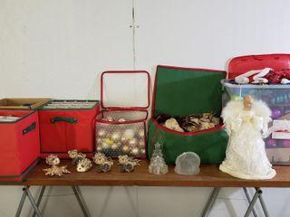 Assorted Christmas   Bulbs  Garland  Mat  Tree Top