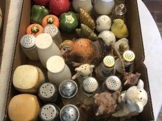 Vintage salt and pepper sets