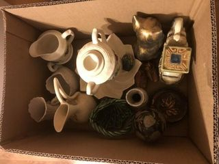 Pitcher  elephant figurines  ceramic sugar bowl
