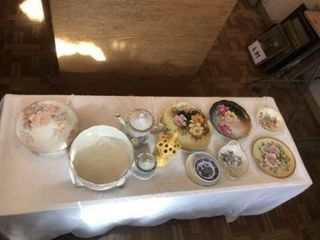 Vintage collector plates and bowls