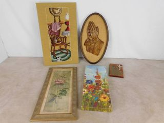 6 Assorted Wall decor