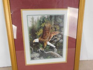 Hanging wall decor of a bald eagle 22 1 2 in l X 18 1 2 in W