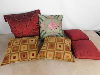lot of assorted decorative throw pillows