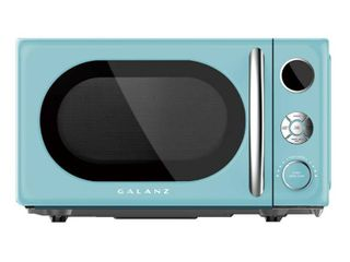 Galanz   Retro 0 7 Cu  Ft  Microwave   Bebop Blue