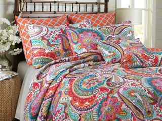 Blazing Paisley 3 Piece King Size Quilt Set