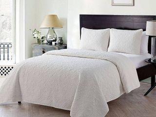 VCNY Home Caroline Embossed Floral Quilt Set  King  White