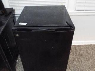 GE Black mini fridge  20  W x 21 1 2  D x 31 3 4  T