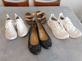 lot of women s shoe s and sandle s  all size 7
