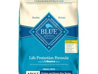 Blue Buffalo life Protection Small Bite Chicken   Brown Rice Recipe Adult Dry Dog Food   30lbs