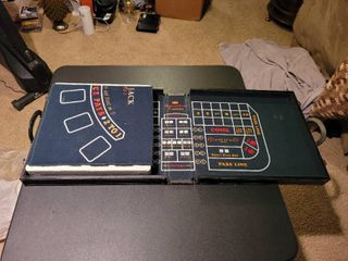 Multiple las Vegas games in a briefcase