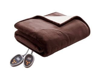 Woolrich Electric Plush to Berber Reversible Queen Blanket Bedding