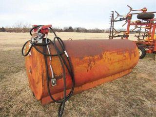 1000 GAllON FUEl TANK W PUMP