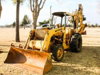 1981 Ford 455 Tractor loader Backhoe
