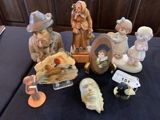 Asst  Figurines and Curios