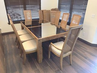 American of Martinsville Dining Table   8 Chairs