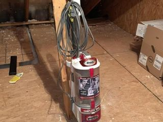 Shark lift Away Professional Vacuum  red