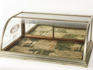 FORD BOW FRONT GlASS DISPlAY CABINET