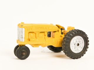 HUBlEY KIDDIE TOY CAST IRON TRACTOR