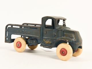 1920 S ARCADE CAST IRON MACK ICE TRUCK
