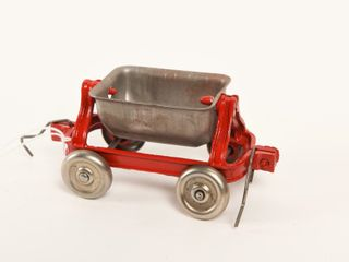 EARlY CAST IRON DUMP WAGON