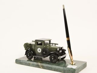 BEll TElEPHONE DESK SET MODEl A TElEPEHONE TRUCK