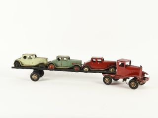 RARE PRESSED STEEl CAR HAUlER   3 CARS