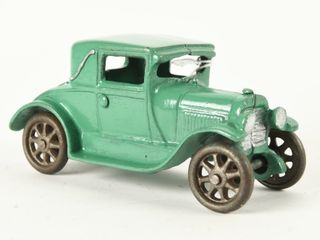 EARlY ARCADE COUPE WITH RUMBlE SEAT