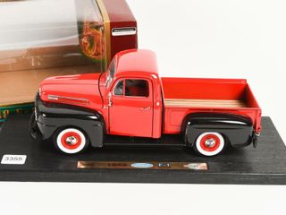 FORD 1948 F 1 PICK UP TRUCK REPlICA   BOX