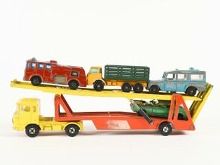 MATCHBOX CAR TRANSPORTER   4 MATCHBOX CARS
