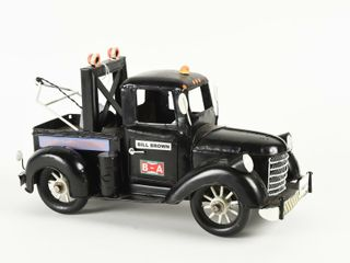 FOlK ART  BIll BROWN  TOW TRUCK