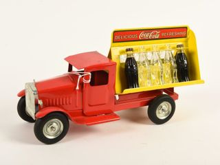 DElICIOUS REFRESHING COCA COlA TRUCK  REPRO